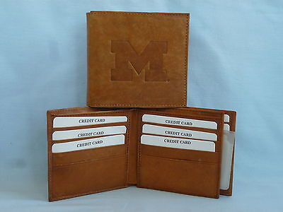 - MICHIGAN WOLVERINES    Leather BiFold Wallet    NEW    brown 4+