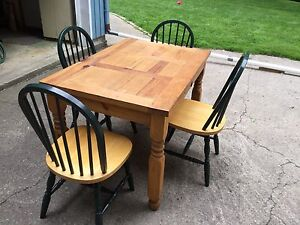 Rustic kitchen table and chairs