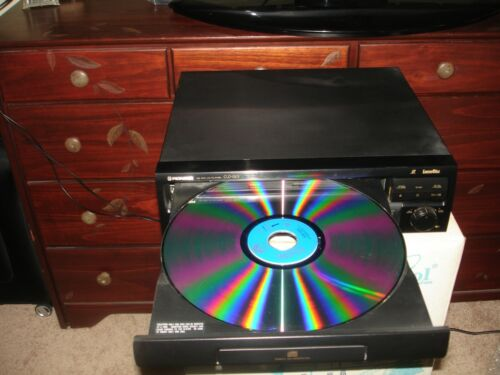 Pioneer CDL-S2101 laser disc player and 30 movies ** Pickup ONLY ***