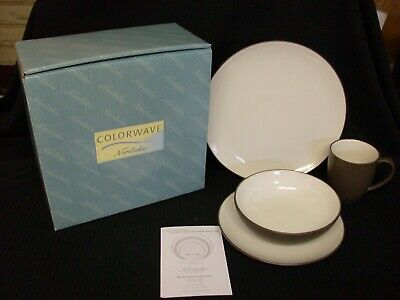 NIB NORITAKE COLORWAVE CHOCOLATE 4 PIECE PLACE SETTING COUPE SHAPE 4 AVAILABLE Brown 4 Piece Place Setting