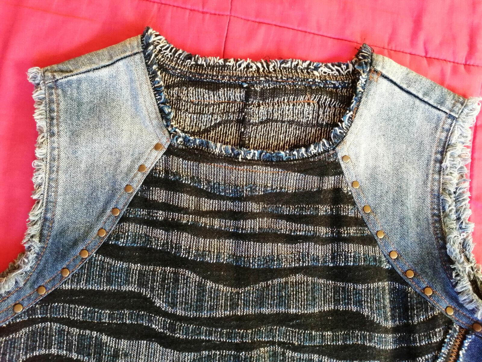 Robe jean / tweed desigual taille 40 en très bon état