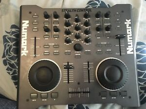 Numark Turn Table