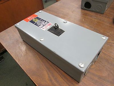Square Denclosed Molded Case Switch 40274-515-01 100a Max 1ph 120240v Used