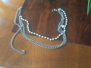 Pearl and chain belt