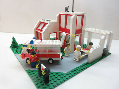 Lego Vintage LL Classic Town #6380-Emergency Hospital Center-100% w/figs (1987)