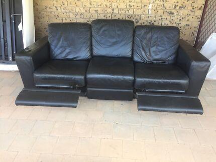 Furniture and Appliance Bundle, Sofa, Dining, electronics, Freeze