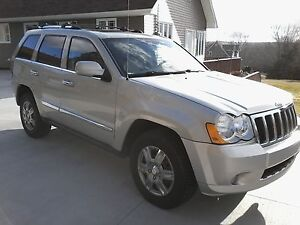 2010 Dodge grand cherokee limited ,V-6 ,3.7