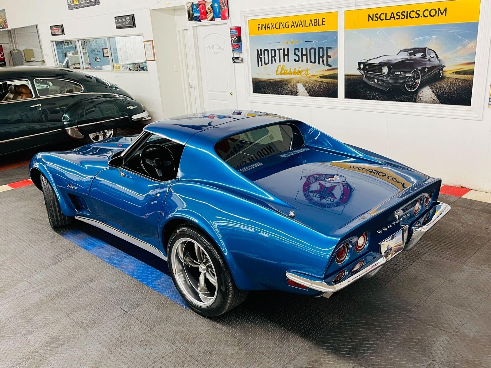 1973 Blue Chevrolet Corvette Coupe  | C3 Corvette Photo 3