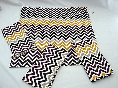 Hen House Chevron Aubergine Purple Printed Cloth Dinner Napkins Set of 4 ()