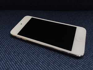 iPod Touch 32GB (latest version)