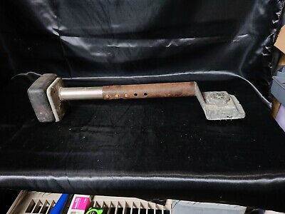 Carpet Stretcher 505 Knee Kicker Made By Crain Cutter As Is Possibly Broken