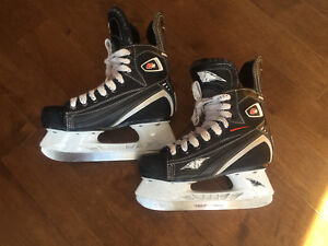 MISSION Skates - Youth size 1