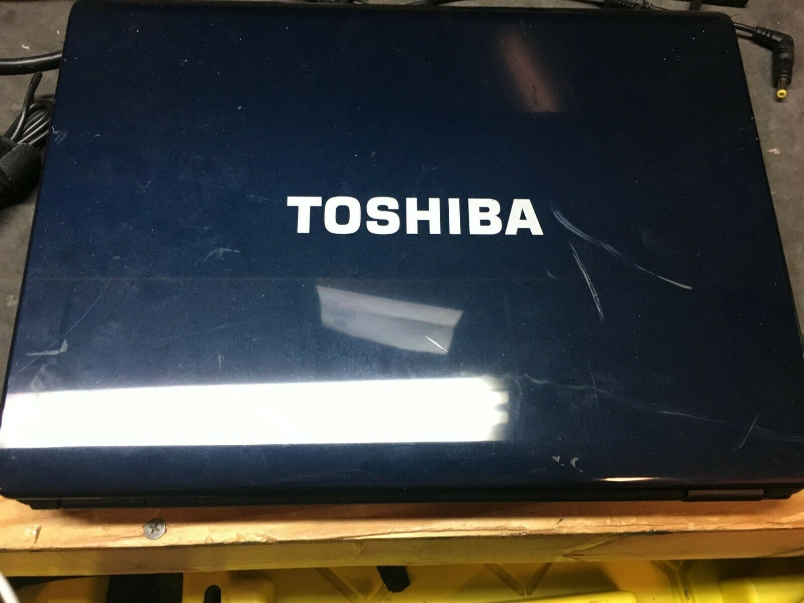 Toshiba Satellite L305D Laptop_AMD Turion 64 X2 TL-60 @ 2.00 GHz_4GB RAM *NO HD*