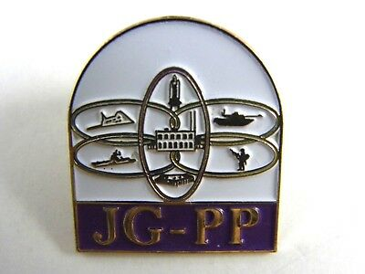 JG-PP Submarine space shuttle tank army man pentagon Video Game Pin 1
