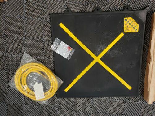 "#ah503  Paratech MaxiForce KPI-44 Air Lifting Bag 28"" x 28"" 41.5 Ton 15"" High"