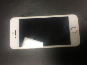Selling iphone5s 16GB (hardly used)