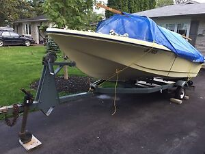 1969 Leavens 14 ft Boat with trailer