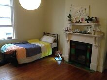 Bed available in a huge room, close to the beach, short-term Bondi Beach Eastern Suburbs Preview