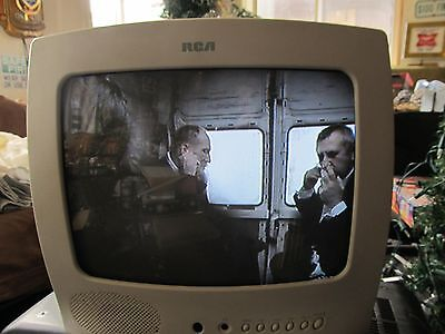 "2002 RCA E13344 13"" inch Color CRT Tube TV television White kitchen RARE VTG"