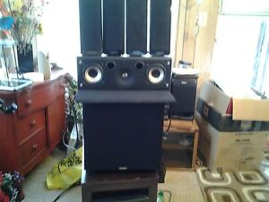 Paridin power sub and 4 Samsung speakers REDUCED