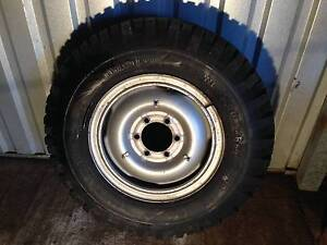 "Toyota/Nissan 16"" steel split rim and tyre Sunnybank Brisbane South West Preview"