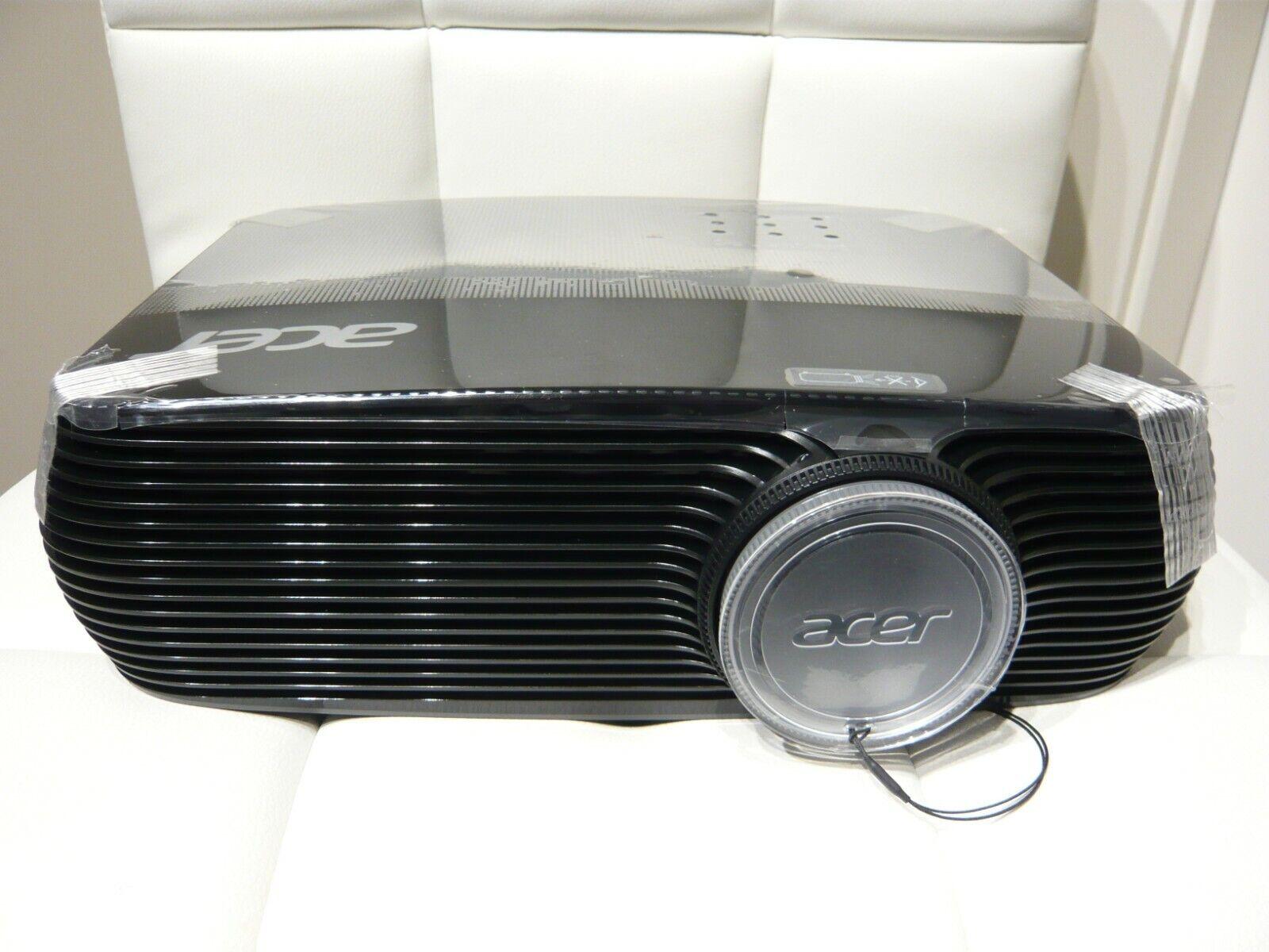 Acer Beamer - X1326WH - 4000 lm - 300 Zoll - 15000 Stunden - 24 dBA - Neuwertig