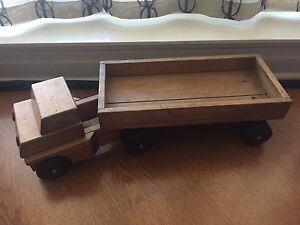 60's Vintage Wooden toy truck. RIFTON usa. Classic!