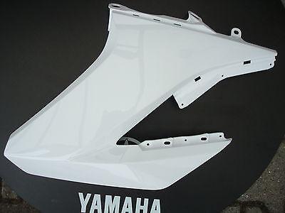 yamaha wr125x wr125r seitenverkleidung links schwarz. Black Bedroom Furniture Sets. Home Design Ideas
