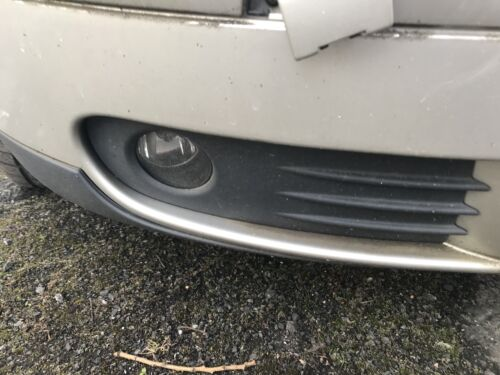 Volvo S40 2006 Drivers Front Fog Light And Surround