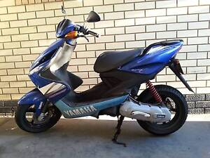 Goes upto 75-80 km/h  - YAMAHA Aerox 2005 Prospect Prospect Area Preview
