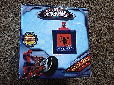 BRAND NEW MARVEL SPIDERMAN BETTA FISH TANK W DECORATIVE LID & BACKGROUND CUTE