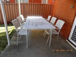 GARDEN   WHITE  TABLE AND 6  CHAIRS Beverley Park Kogarah Area Preview