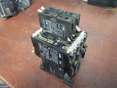 Abb Contactor D12-30-10 120v Coil 24a Used