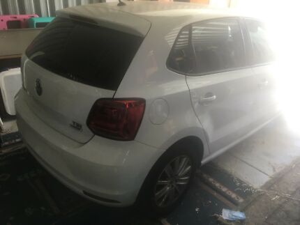Wrecking 2017 volkswagen polo 1.2 5 door Kardinya Melville Area Preview