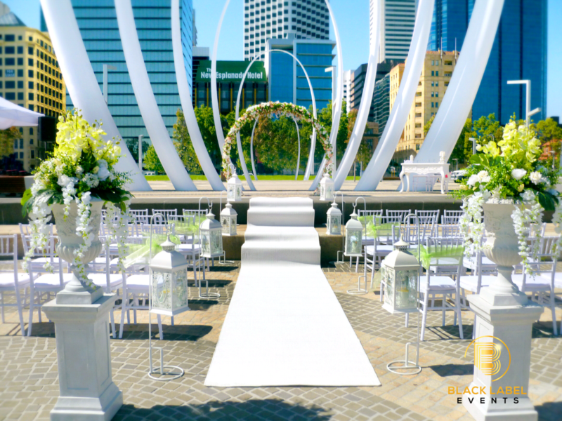 Perth Outdoor Wedding Ceremony City Area Image 2