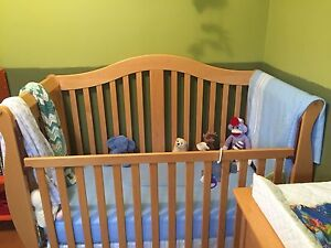 Drop side Crib