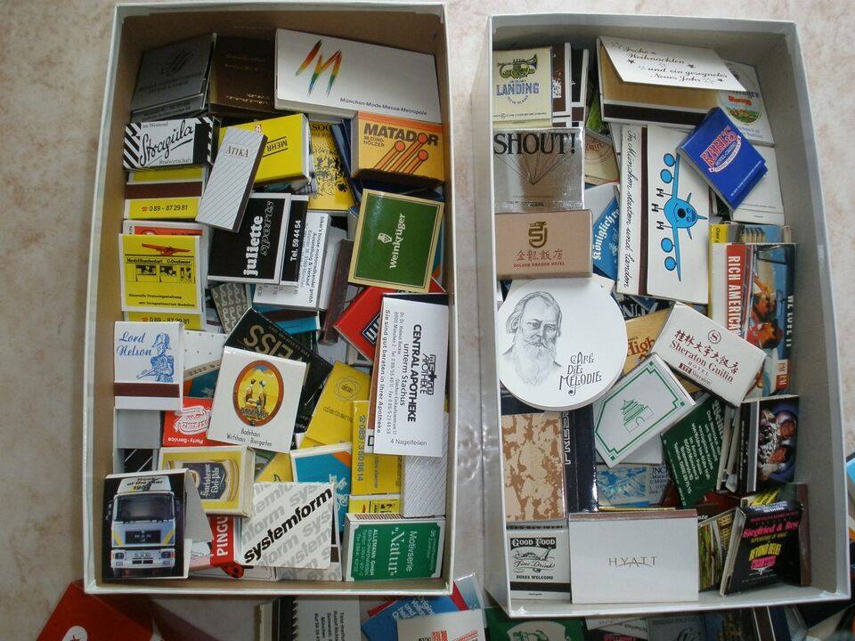 500 Streichholzbriefchen und Schachteln in München - Au-Haidhausen