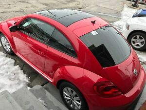 2014 Volkswagen Beetle 2.5Ltoit panoramique 60000km