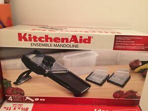 Kitchen Aid mandolin slicer set