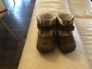 Robeez booties, good used condition, 18-24 months