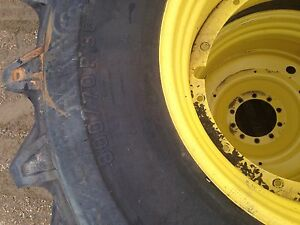 8 Good Year tractor tires on rims 800/70R 38