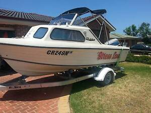 4.56mt half cabin fishing boat Currans Hill Camden Area Preview