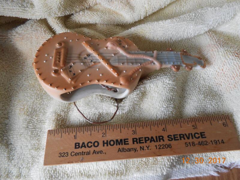Wall Pocket,ARDALT,Linwile base fidle 1940s used ceramic