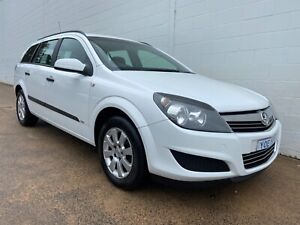 HOLDEN ASTRA 2009 WAGON AUTOMATIC only 139820 kms Fyshwick South Canberra Preview