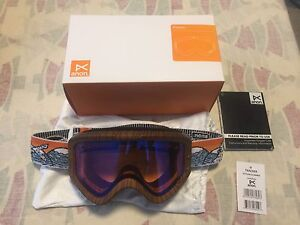 Brand new snow goggle for kids, Anon. Tracker Yetti/Blue Amber