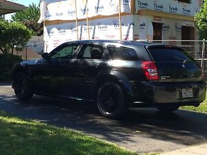 2005 dodge magnum reduced price need gone asap