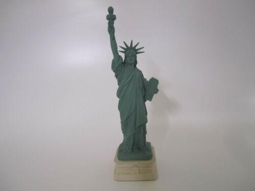 "Vintage 11"" Tall 1984 Wang Jida Barrett Colea Statue Of Liberty Ceramic Figurine"