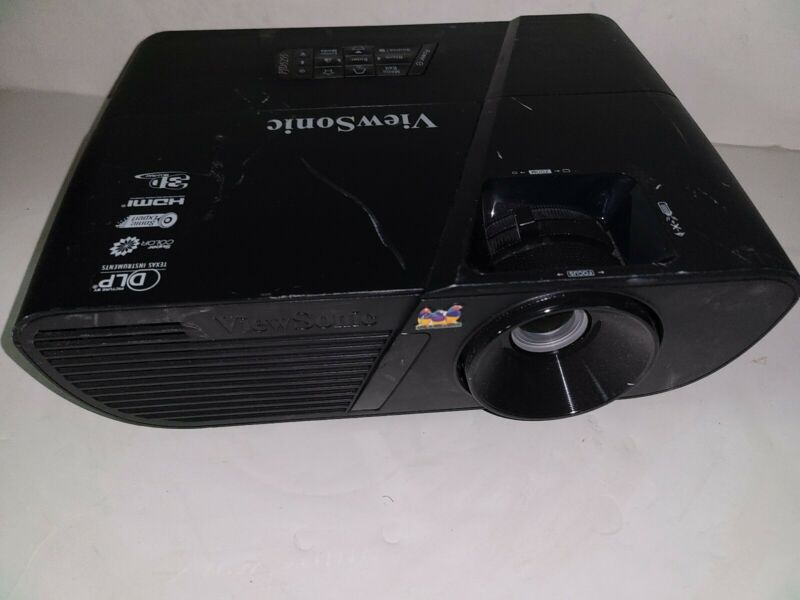 ViewSonic PJD5255 DLP Projector HDMI + remote 7 hours used