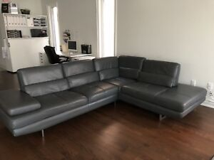 Authentic Italian Leather Sectional Couch Perfect Condition