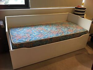 Ikea day bed/guest bed Hamilton Brisbane North East Preview